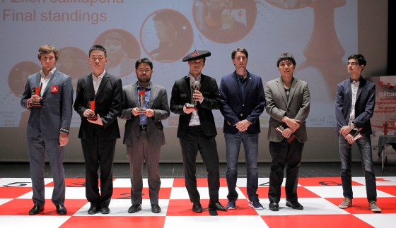 Magnus Carlsen crowned with txapela in Bilbao