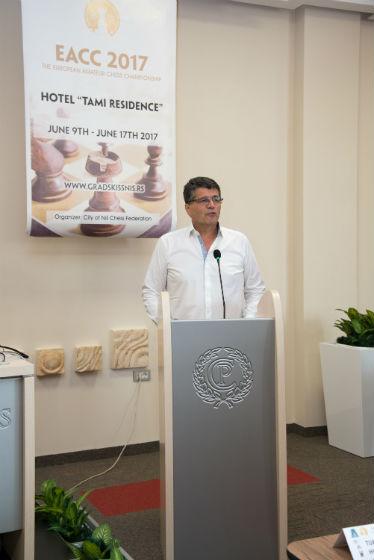 Mayor of Nis Darko Bulatovic
