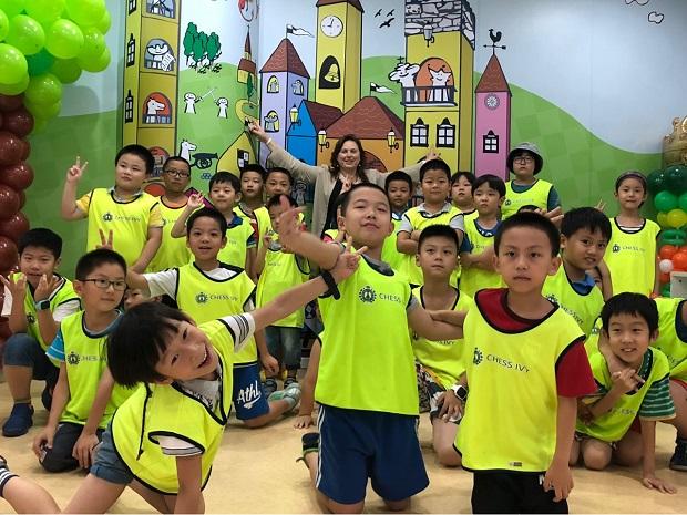 Judit Polgar designs educational program for China 3