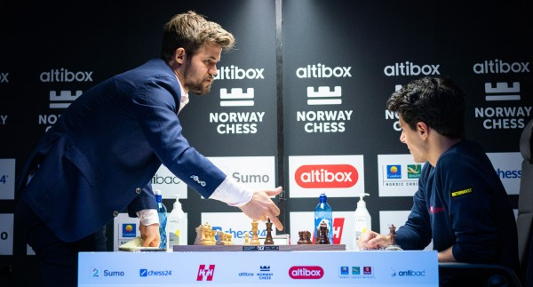 Norway Chess Carlsen Tari